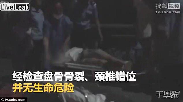 чудо школьница спрыгнула 33-го этажа выжила видео