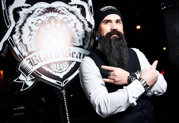 Фото №1 - Столичный барбершоп «Black Bear» стал рекордсменом Книги Рекордов России