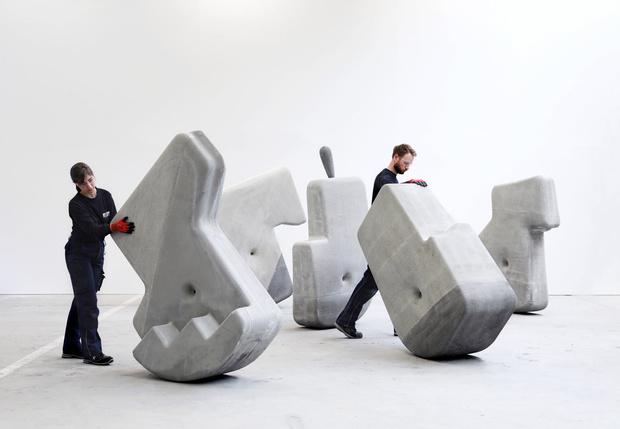 Фото №1 - В Кембридже разработали тяжеленные бетонные блоки, которые можно перемещать руками в одиночку (видео)