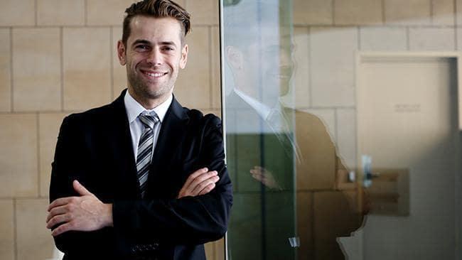 Фото №2 - В Австралии арестовали миллионера из России, которого обвиняют в крупнейшей SMS-афере