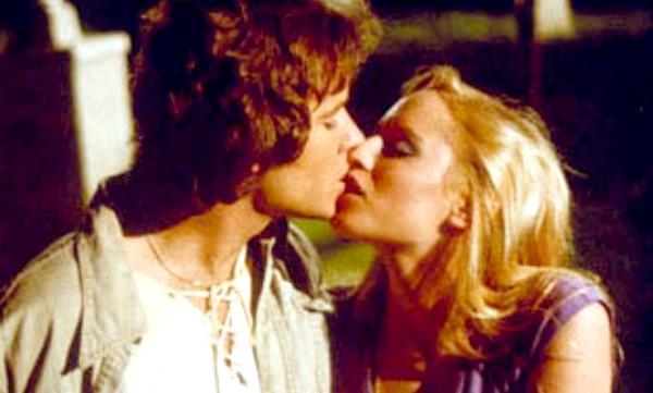 Фото №8 - Топ-9 самых эротичных сцен в фильмах ужасов и триллерах