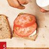 Фото №10 - Маслом внутрь! 4 самых простых мужских сэндвича