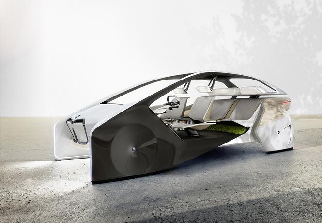 bmw показала принципиально интерьер беспилотных машин