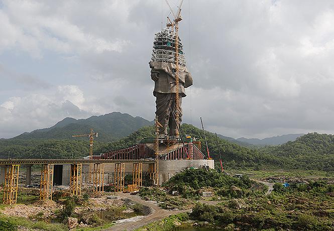 Фото №1 - Индия заканчивает стройку самого высокого памятника в мире