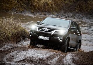 Toyota Fortuner: большой, емкий, крепкий