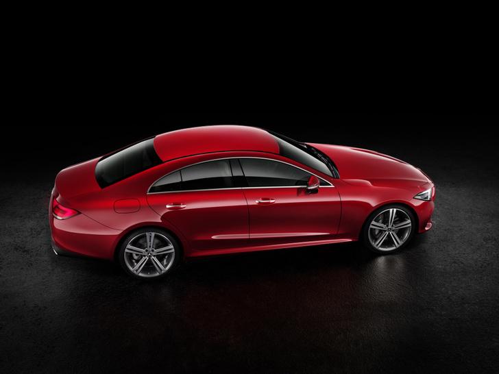 Фото №6 - Новый Mercedes CLS придется полюбить или возненавидеть