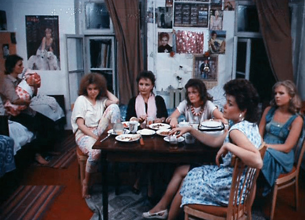 Фото №2 - Куприну и не снилось! Как я содержал московский бордель в девяностых
