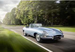Кто посмел перевести легендарный Jaguar E-Type на электричество?! Ой, это же они сами…