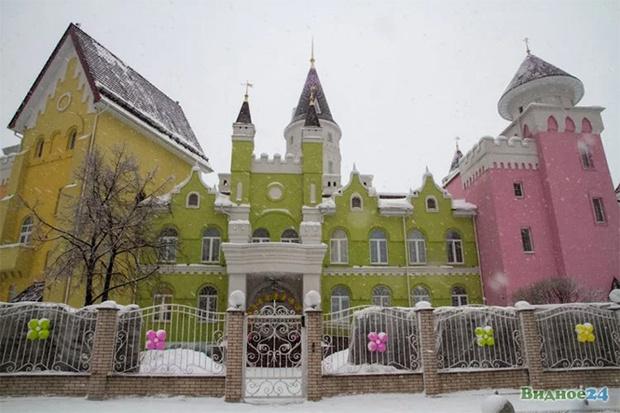 Фото №3 - Иностранцы с изумлением разглядывают русский детский сад