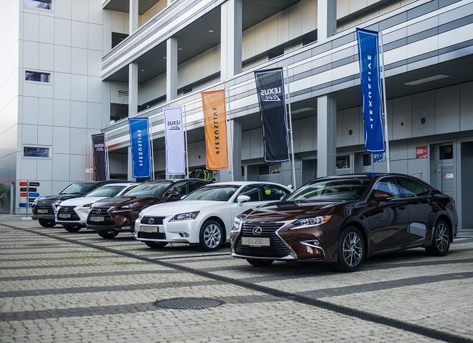 Lexus Live 2016 — преимущества живого общения