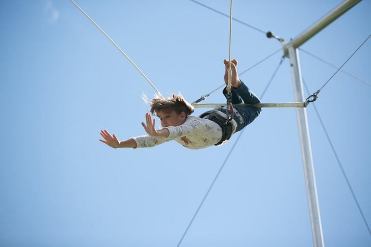Фото №4 - В Парке Горького открылась летняя цирковая школа «Трапеция Актуаль»
