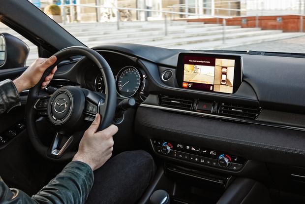 Фото №4 - 5 причин влюбиться в новую Mazda 6