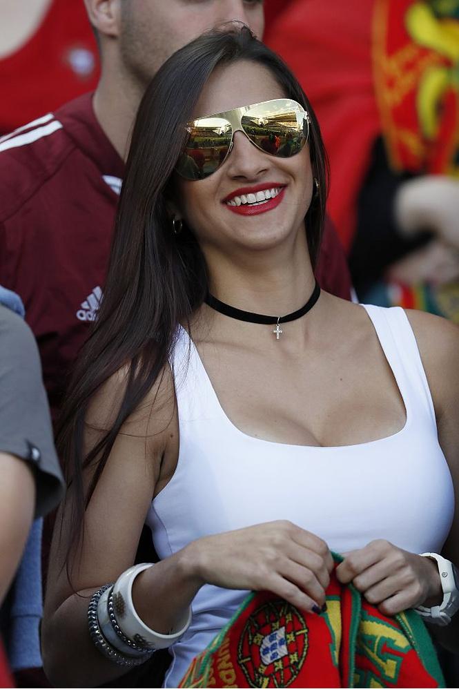 Португальская фанатка
