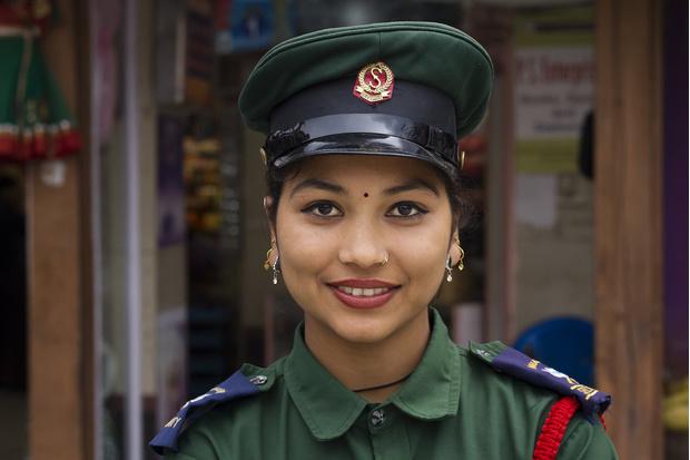 Фото №2 - Самые красивые девушки-полицейские мира