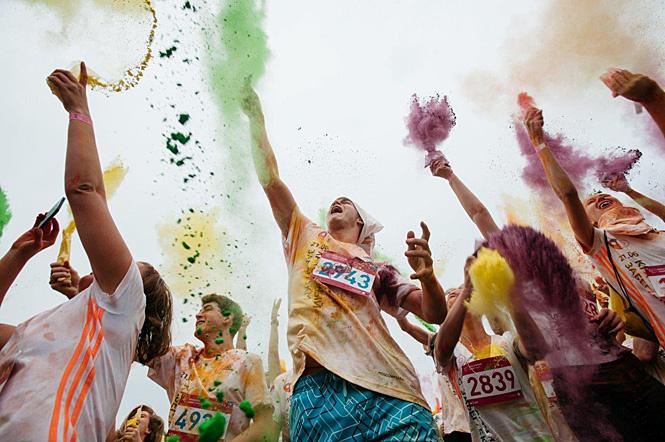 Участники Красочного марафона