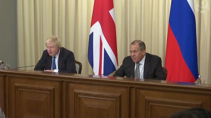 Фото №1 - «Бентли» и картофельные чипсы в основе дипломатических отношений России и Великобритании