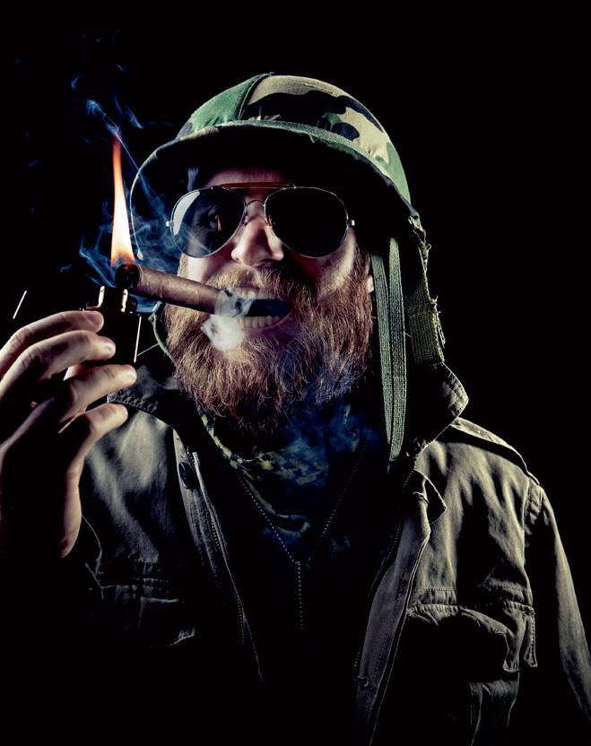 Сигары нельзя разжигать бензиновыми зажигалками