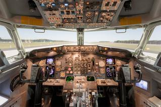 Как завести Boeing 737 (ВИДЕОИНСТРУКЦИЯ)