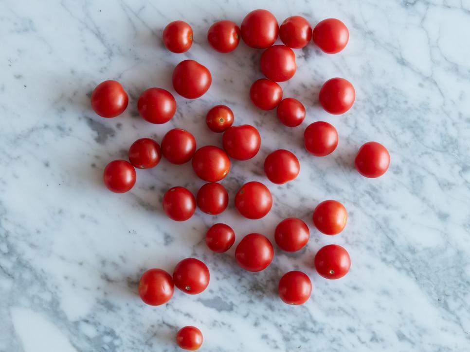 Помидоры черри — 33 штуки