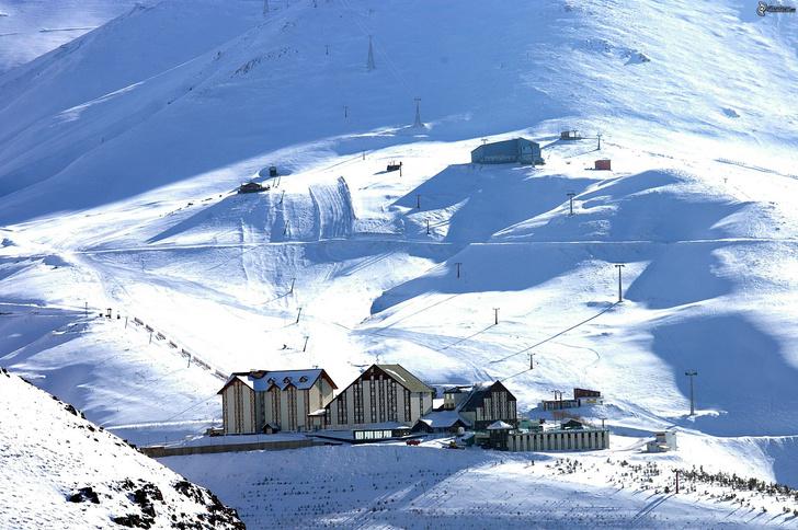 Фото №3 - 4 неожиданные страны, где тоже можно покататься на лыжах
