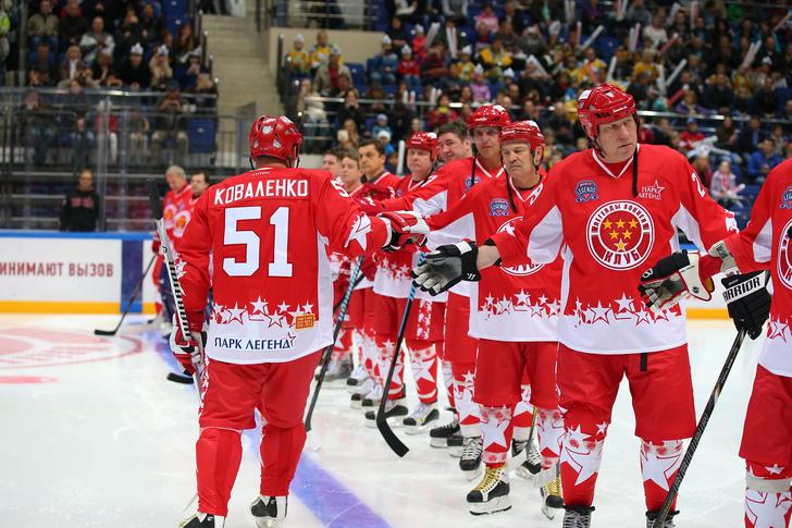 Фото №2 - Выиграй билет на финал Лиги Легенд мирового хоккея!