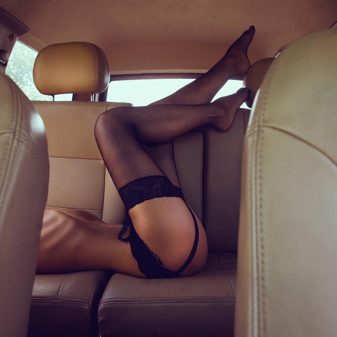 Секс девушки на обочине онлайн в хорошем hd 1080 качестве фотоография