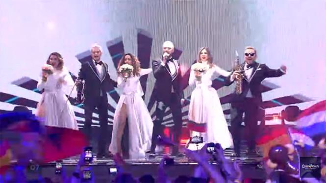 Фото №26 - «Евровидение — 2017»: прямая текстовая трансляция от MAXIM