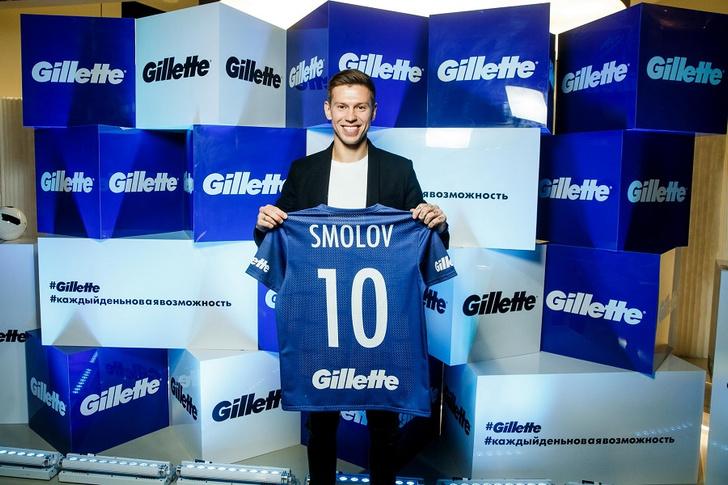 Фото №3 - Федор Смолов присоединился к футбольной команде Gillette