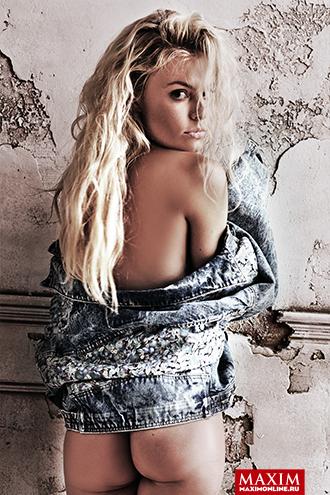 Фото №1 - Актриса Наталья Дворецкая: «Ну, я торговала всякими платами из старых видиков «ВМ-12», там были палладий и платина»
