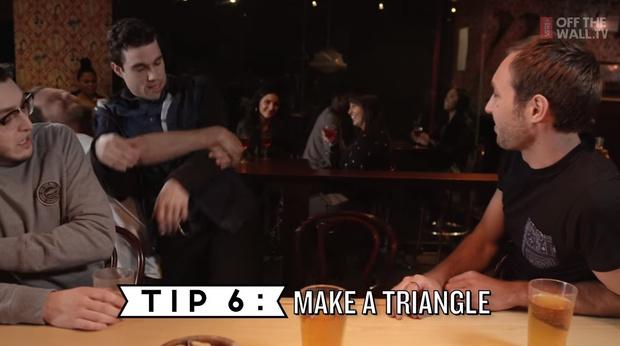 Фото №6 - 10 правил мужского поведения в баре