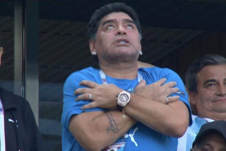 Фото №1 - Почему Марадона вел себя так ужасно на матче Аргентины против Нигерии?