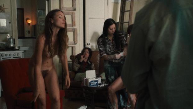 Фото №8 - Скромная Оливия Уайлд полностью обнажилась в сериале «Винил»
