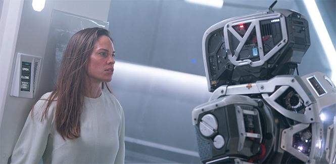 Фото №2 - 11 лучших женщин-роботов в кино