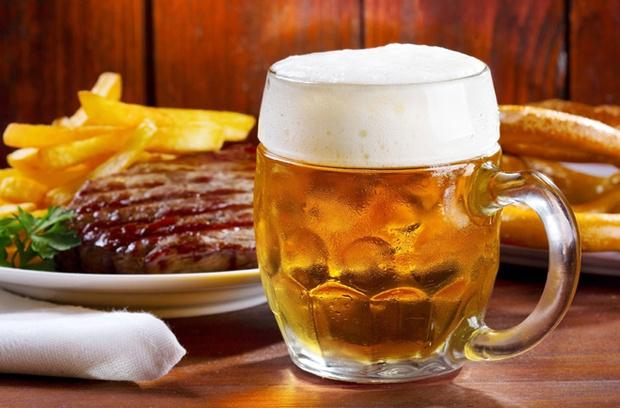 Фото №1 - Как правильно сочетать пиво с едой