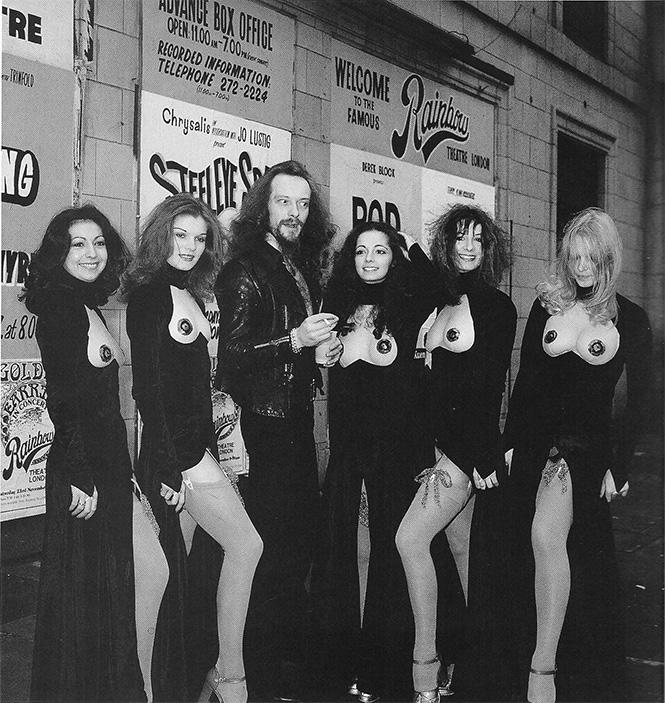 Фото №24 - 38 баек о происхождении названий рок-групп