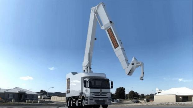 Фото №1 - Робот-строитель, укладывающий 1000 кирпичей в час (видео)