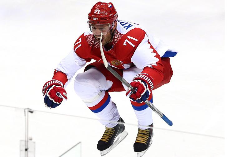 Фото №1 - «Что за армию наши хоккеисты отправляют в Корею?» Как сборная России превратилась в сборную СССР
