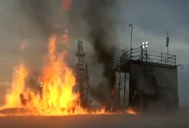 Фото №1 - Самое грандиозное и внезапное падение ракеты лета-2018! Мощные взрыв и пожар прилагаются! (ВИДЕО)