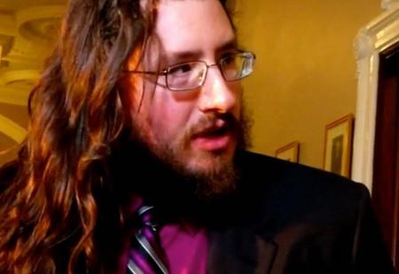 Родители засудили 30-летнего сына, чтобы тот съехал