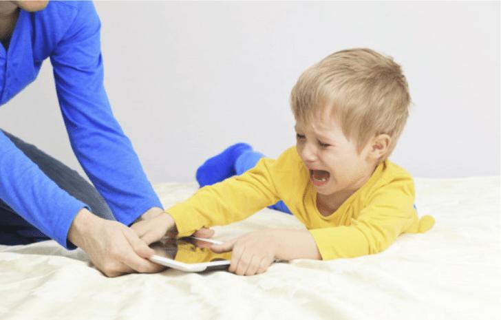 Фото №1 - Дети быстро нашли способ обойти ограничения в iOS 12. Может, и тебе пригодится