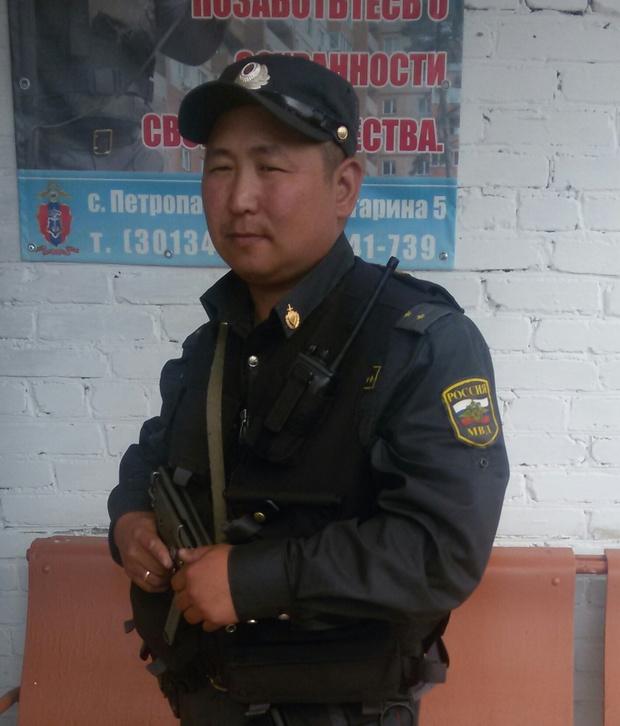 Фото №1 - 5 подвигов российских полицейских, которые умерят твой скепсис