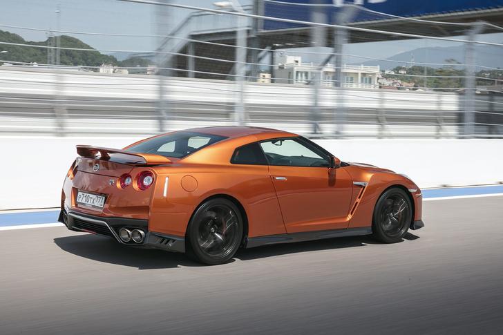Фото №4 - Nissan GT-R: Годзилла возвращается