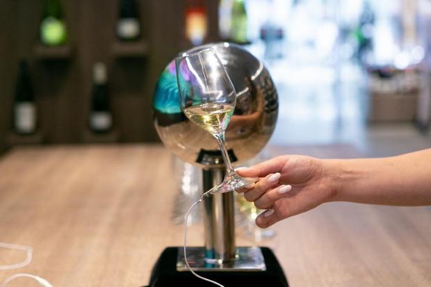 Фото №3 - Музыка из вина: саунд-инсталляция от SimpleWine
