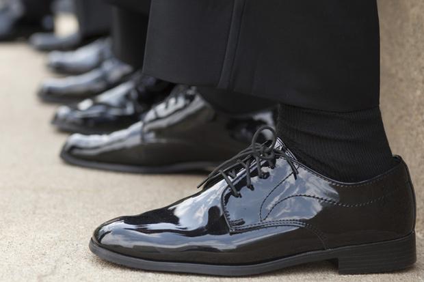 Несколько пар качественных черных носков