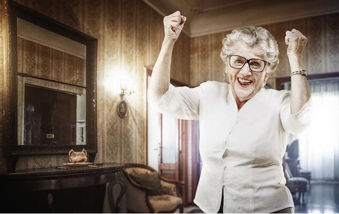 Психологи: женщины за 85 счастливее, так как их партнёр умер