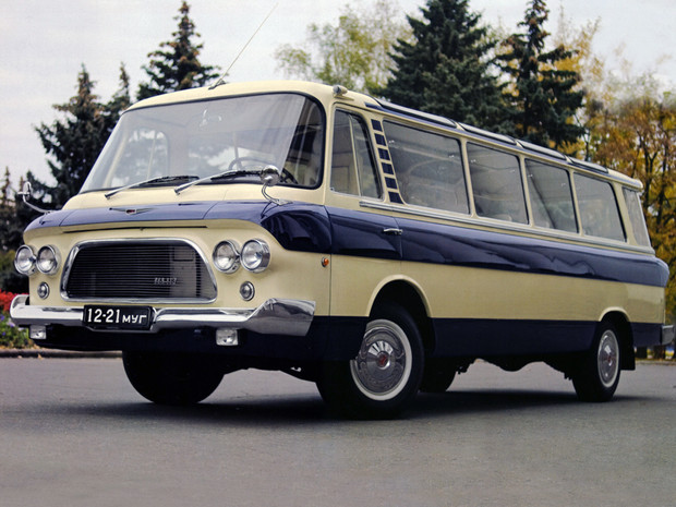 Фото №6 - 10 советских автомобилей, которым не стыдно было оказаться иномарками