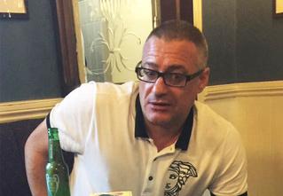 «Да пошли вы на… Я «Миллуолл»!»: безоружный футбольный фанат вступил в неравный бой с вооруженными террористами