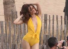 Ольга Куриленко в одном купальнике изменяет Джеймсу Бонду с другим британским спецагентом на съемках «Джонни Инглиша — 3»!