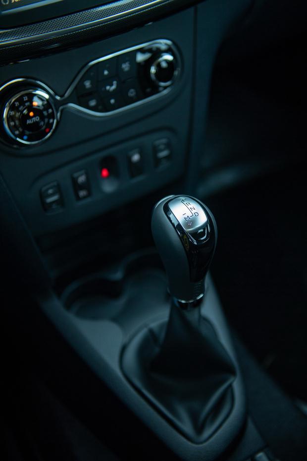 Фото №6 - Renault Logan Stepwaу: каршеринг минус