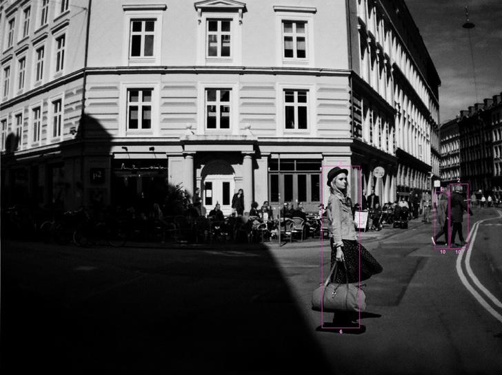 Фото №1 - Первая выставка фотографий, снятых на Volvo